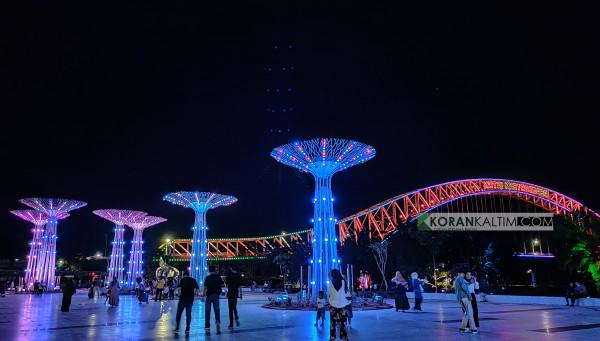 Cegah Kerumuman, Tiap Akhir Pekan Lampu Taman di Tenggarong Dimatikan, Eh Jumat Malam Malah Rame | Korankaltim.com